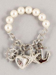 charm+bracelets More