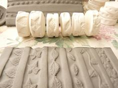 Leaf Vine and Blossom Theme Clay Stamp Roller Set of por claystamps