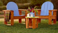 These classic-looking outdoor chairs combine function and simple design.