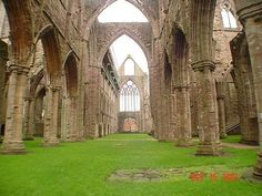 Tintern Abbey - I read the poem in university and it was surreal visiting it in person Welsh Words, University Of Wales, British Literature, Cymru, Scenic Photography, May Flowers, Creative Inspiration, Google Images, Poem