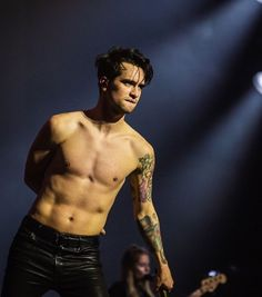 For everything Panic At The Disco check out Iomoio Panic! At The Disco, Beautiful Men, Beautiful People, The Wombats, Emo Bands, My Chemical Romance, Poses, Celebrity Crush, Music Artists