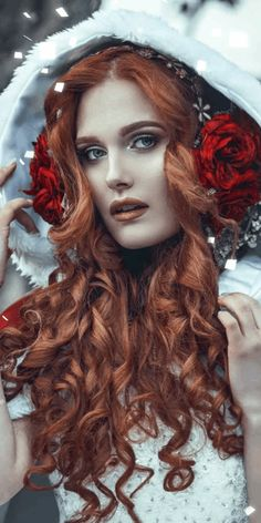 Explore gif animated GIFs on We Heart It Beautiful Dark Art, Beautiful Redhead, Lovely Girl Image, Girls Image, Girl With Headphones, Scary Mary, Amazing Gifs, Portrait Sketches, Love You Gif