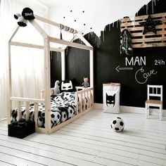 5 simple styling tips for a cool boys' room Boy Toddler Bedroom, Boys Bedroom Decor, Childrens Room Decor, Baby Boy Rooms, Baby Room Decor, Bedroom Ideas, Cool Boys Room, Room Boys, Scandinavian Kids Rooms