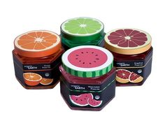 """Owoce w szkle, na papierze, w plastiku - maksymalnie kolorowo, maksymalnie owocowo. Organiczne konfitury Organic Earth aż krzyczą """"Zjedz mnie"""" . Maxi owocowość zamknięta w słoiku to pomysł Diany Graham."""