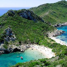 Die grüne Insel Korfu   Du bist urlaubsreif und sehnst dich nach einer Auszeit? Korfu ist eine wunderschöne grüne Oase wo du gut abschalten kannst. Das mediterrane Klima die Hügellandschaft  und das tiefblaue Meer laden zum Glücklichsein ein!    Direktflug: @eurowings (ab Mai immer am Sonntag) - oder einfach in deinem Reisebüro nachfragen   #salzburgairport #flughafensalzburg #salzburg #igerssalzburg #igersaustria #giechenland #flugreisen #eurowings #insel #korfu #reisenmitkind #sommer… Salzburg, Water, Mai, Outdoor, Deep Blue, Traveling With Children, Time Out, Landscape, Summer Recipes