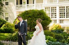 | Kent Manor Inn Wedding Ceremony: Laura + Kevin |