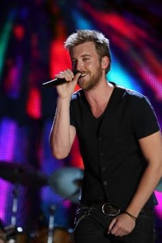 charles kelley, lead singer of lady antebellum Love Him, I Love You, My Love, Charles Kelley, Lady Antebellum, Just For Fun, The Voice, Hot Guys, Eye Candy