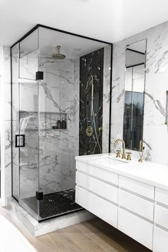 Glam Up Your Luxury Bathroom Design With These 5 Amazing Color Trends Jaclyn Genovese's Features The Best Contemporary Bathroom Design Ideas – Find out more in luxurybathrooms.