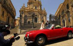 Sicilia barroca y hedonista | Celebración de una boda en San Giorgio, en Ragusa Ibla (Sicilia)