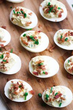 Loaded Deviled Eggs – Six Sisters' Stuff