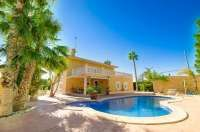 Stunning 5 bedroom villa with swimming pool and guest house for sale in Albatera, Alicante, Costa Blanca, Spain Beautiful Villas, Alicante, Costa, Swimming Pools, Spain, Bedroom, Outdoor Decor, House, Room