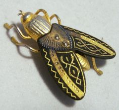 Damascene Style Fly Pin Black and Gold Tone by GretelsTreasures