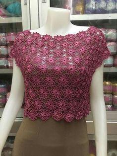 Fabulous Crochet a Little Black Crochet Dress Ideas. Georgeous Crochet a Little Black Crochet Dress Ideas. Crochet T Shirts, Crochet Blouse, Crochet Clothes, Irish Crochet, Crochet Lace, Crochet Stitches, Knitting Patterns, Crochet Patterns, Black Crochet Dress
