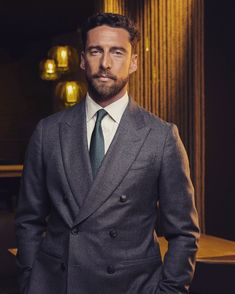 """3211 mentions J'aime, 24 commentaires - Claudio Marchisio (@marchisiocla8) sur Instagram: """"Un altro passo che si... AVVERA ✍😏😉 . . . #shooting #campaign #workinprogress #2021"""" Claudio Marchisio, Double Breasted Suit, Suit Jacket, Suits, Jackets, 3, Instagram, Fashion, Down Jackets"""