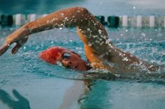 """HowStuffWorks """"How to Breathe in Freestyle Swimming"""""""