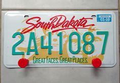 Patère plaque immatriculation américaine Dakota du Sud : Décorations murales par recycraft