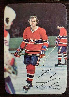 Hockey Shot, Hockey Teams, Ice Hockey, Montreal Canadiens, Funny Hockey Memes, Hockey Pictures, Of Montreal, Vancouver Canucks, Hockey Cards