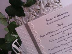menu d'appoggio decorato con pois e pizzo in carta