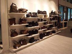 mobile per arredamento negozi di abbigliamento