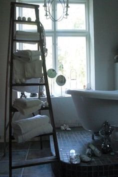 Ladder, Bathroom. White, Chippy, Shabby Chic, Whitewashed, Cottage, French Country, Rustic, Swedish decor Idea. ***Pinned by oldattic ***.
