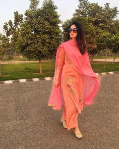 HAPPY DIWALI to all you lovely people. May the festival of light bring all the happiness & wealth in your life. PS : I can't help but flaunt my beautiful Diwali outfit by Kanika Creations. Punjabi Dress, Pakistani Dresses, Indian Dresses, Indian Outfits, Punjabi Suits, Anarkali Suits, Stylish Dresses, Trendy Outfits, Fashion Outfits