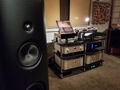 Amazing system with our Ghironda Racing Black. Thank you Tuan for sharing with us! #bassocontinuo #audiorack #madeinitaly #thebestornothing #wewillrackyou #magico #marantz #highendaudio #turntable #vinyl #records #carbonfiber #luxury #design #carbon #hifiporn #altafedeltà #audiophile