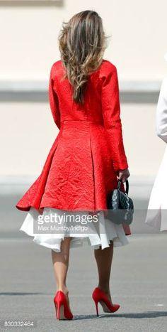 4137 Best Queen Rania Images In 2020 Queen Rania Queen King Abdullah