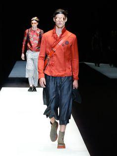 Milão Fashion Week: Emporio Armani sob influência japonesa - Notícias : Desfiles (#840657)