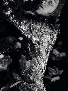 c763e4bc8417 Publication  Vogue China May 2016 Model  Julie Hoomans Photographer  Ben  Toms Fashion Editor  Katie Shillingford Hair  Shon Ju Make-up  Petros  Petrohilos ...