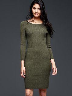 Ribbed waist long-sleeve dress Product Image