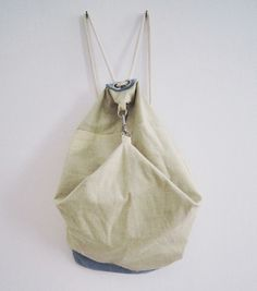 TORIA bag Lilia & John Modern Man, Laundry, Stylish, Bags, Clothes, Laundry Room, Handbags, Outfits, Clothing