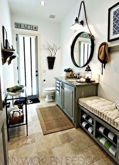 Beach and Coastal Decor | ... kind of rustic and nautical looking beach bathroom on JVWHome