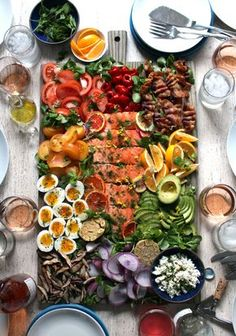 just gonna have a small salad for dinner . slow-roasted salmon california cobb salad on a board: tomatoes and peppadews 🍅🌶 + citrus herb roasted salmon 🍊+ medium boiled eggs + meyer lemons 🍋… Cobb Salad, Food Platters, Cooking Recipes, Healthy Recipes, Dinner Salads, Food Presentation, Salad Recipes, Food And Drink, Drink Menu