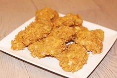 Voilà une recette facile et rapide qui sert à tous les dimanches soirs de flemme. Avec cette recette de nuggets au poulet KFC peut aller se rhabiller ! :) Vous avez besoin de peu d'ingrédients, et de 30 minutes maxi cuisson comprise, pourquoi se priver...