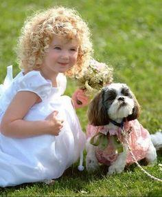 Une adorable petite princesse  ...  et son toutou !