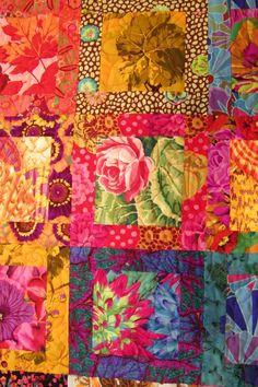 "Turkey Tracks: ""Blossom,"" the wedding quilt Rag Quilt Patterns, Modern Quilt Patterns, Purple Quilts, Colorful Quilts, Modern Quilting Designs, Patchwork Designs, Flower Quilts, Fabric Animals, Textile Fiber Art"