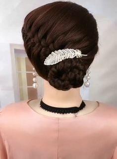 Super Easy Hairstyles, Easy Hairstyles For Long Hair, Braids For Long Hair, Braided Hairstyles, Beautiful Hairstyles, Front Hair Styles, Medium Hair Styles, Natural Hair Styles, Hair Videos