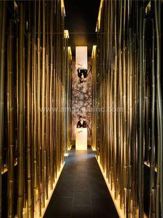Modern Restaurant Interior and Exterior Design Ideas Restaurant Entrance, Decoration Restaurant, Deco Restaurant, Modern Restaurant, Restaurant Lighting, Japanese Restaurant Interior, Restaurant Interior Design, Retail Interior, Cafe Bar