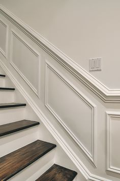 Interior Stairs Staircase Makeover Wainscoting 36 Trendy Ideas – Home Renovation Staircase Remodel, Staircase Makeover, Paneling Makeover, Interior Stairs, Home Interior Design, Interior Trim, Home Renovation, Home Remodeling, Stair Paneling