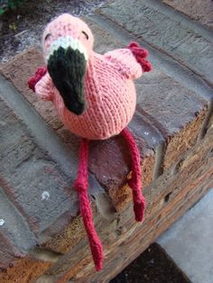 knitted flamingo. why didn't I ever think of that?