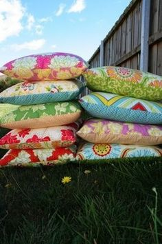Floral pillows always give shades of summer and easy living.