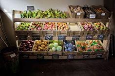 Organic fruit store display