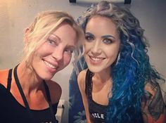 Mid-workout meeting! 💙💙 . . . . #brainsandbrawn #beautyandbeast #angelagossow #alissawhitegluz #archenemy #vegans