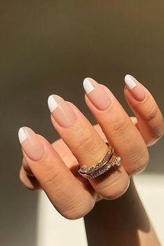 Nail Design Stiletto, Nail Design Glitter, Stiletto Nails, Nails Design, Round Nails, Oval Nails, Les Nails, Neutral Nails, Subtle Nails