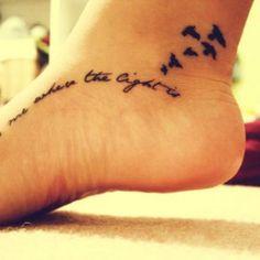 Neste artigo pode encontrar algumas ideias para tatuar o pé