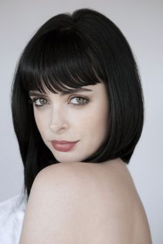 primary-elements: Krysten Ritter.