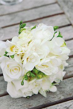 Lovely bouquet  Real Life Weddings: Classic (BridesMagazine.co.uk)