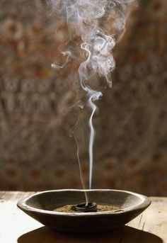 Frankincense - Meditation through ritual requires the proper incense- The frankincense is the very best, and soothing way to ritualize your unique spiritual experiences. Zen Meditation, Wabi Sabi, Meditations Altar, Namaste, Spiritus, Incense Burner, Burning Incense, New Things To Learn, Magick