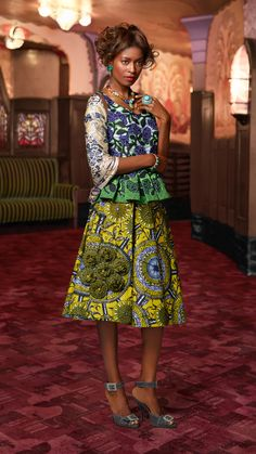 ELEGANCE FOR ANY AGE | The simple silhouette of this ladylike outfit is unfussy and eternally stylish. Vlisco fashion dutch wax waxhollandais superwax