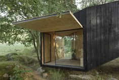 Gallery of Forest Retreat / Uhlik architekti - 5
